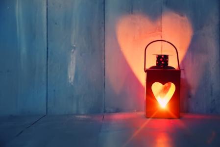 shutterstock_174585302 lanterne coeur